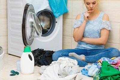 can roaches survive washing machine?